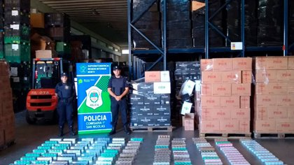 Citaron a declarar al titular de una tabacalera de Rosario investigada por contrabando