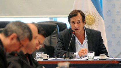 Daniel Lipovetsky, diputado bonaerense de Juntos por el Cambio presentó la iniciativa de donante presunto de plasma (Télam)