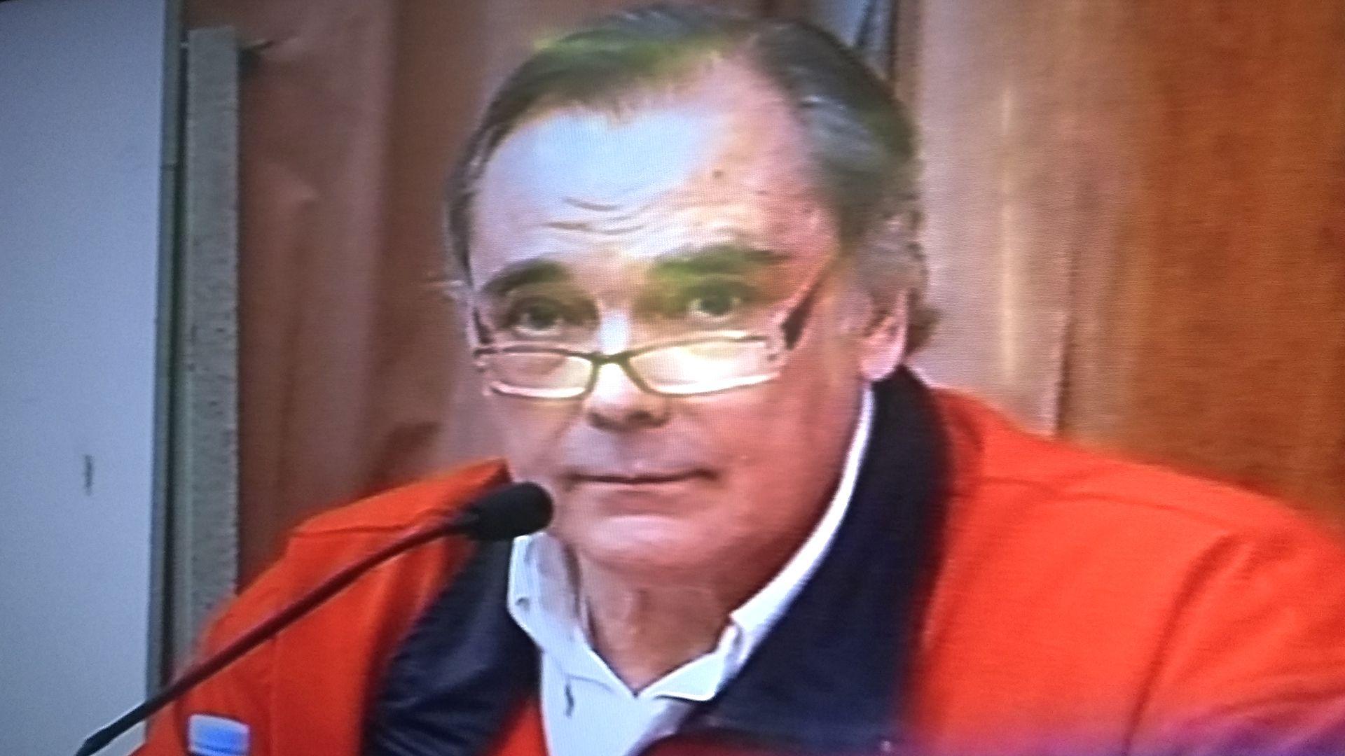 El contador Pérez Gadín fue autorizado a vacunarse.