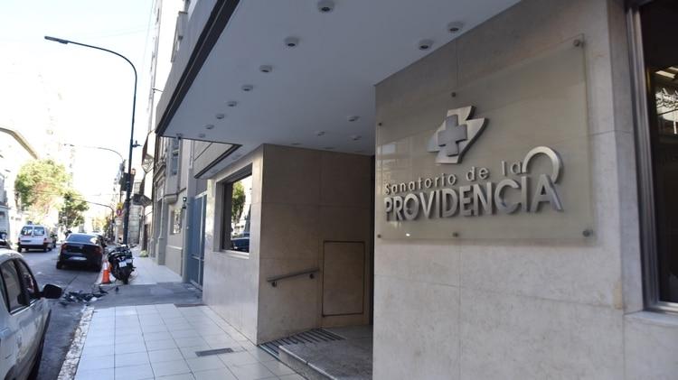Sanatorio De la Providencia del barrio de Balvanera. Tuvo 34 profesionales de la salud infectados (Franco Fafasuli)