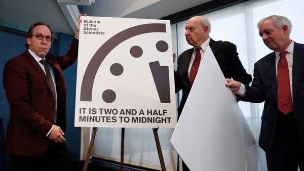 El anuncio lo hizo en Washington el comité del Boletín de Científicos Atómicos, un grupo de líderes políticos y científicos que estudian los peligros de las amenazas nucleares, las armas de destrucción masiva, el cambio climático y las armas biológicas