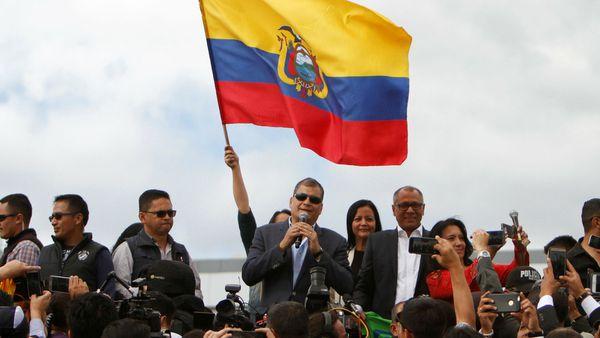 Rafael Correa dejó Ecuador cuestionando la gestión de su sucesor Lenín Moreno