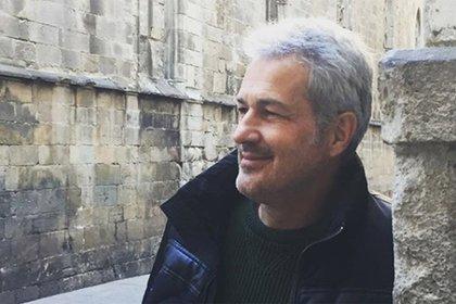 Ivo Cutzarida, en España; es él quien tiene que viajar a visitar a su hija, quien desde que dejó Argentina nunca regresó (Instagram)