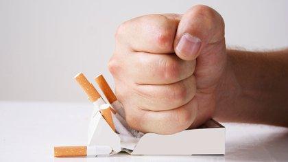 Un estudio estableció cuál es la manera más eficaz para dejar de fumar (Getty Images)