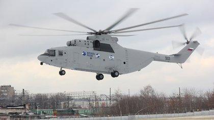 El Mil Mi-26 es un gigantesco helicóptero de carga. Puede llevar hasta 20 toneladas