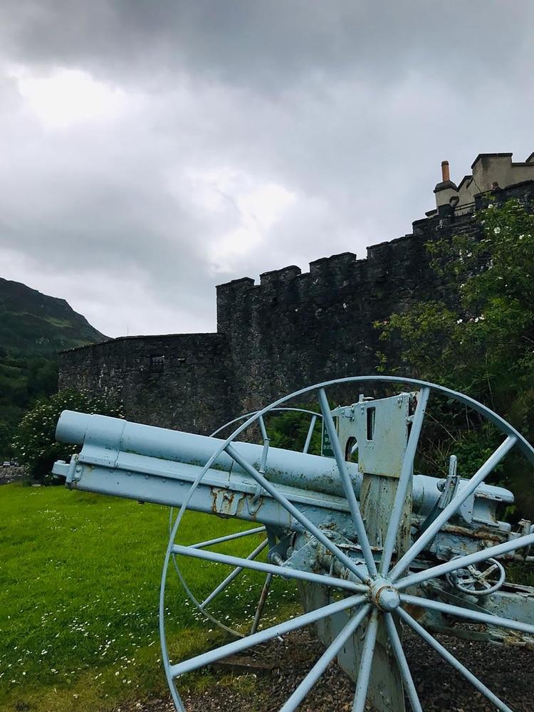 "Este castillo funcionó como locación para filmar ""007, el mundo no basta"", con Pierce Brosnan (Martina Putruele)"
