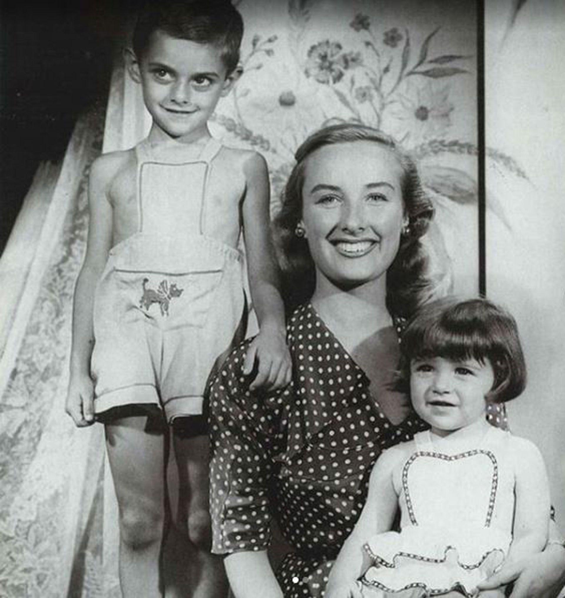El otro retrato que publicó la diva junto a sus hijos (Foto: Instagram)
