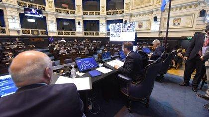 El nuevo protocolo establece que las comisiones son presenciales en el recinto