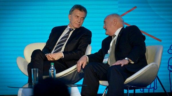 Mauricio Macri junto a Alberto Álvarez Saavedra