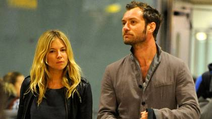 Jude Law y Sienna Miller (Grosby Group)