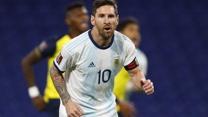 Soccer Football - World Cup 2022 South American Qualifiers - Argentina v Ecuador - Estadio La Bombonera, Buenos Aires, Argentina - October 8, 2020 Argentina's Lionel Messi celebrates scoring their first goal REUTERS/Agustin Marcarian