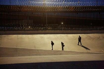 Según la cadena CBS News, más de 4,200 niños inmigrantes no acompañados permanecían en Aduana (Foto: José Luis González/Reuters)