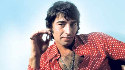 Sandro publicó 52 discos y vendió más de 8 millones de copias