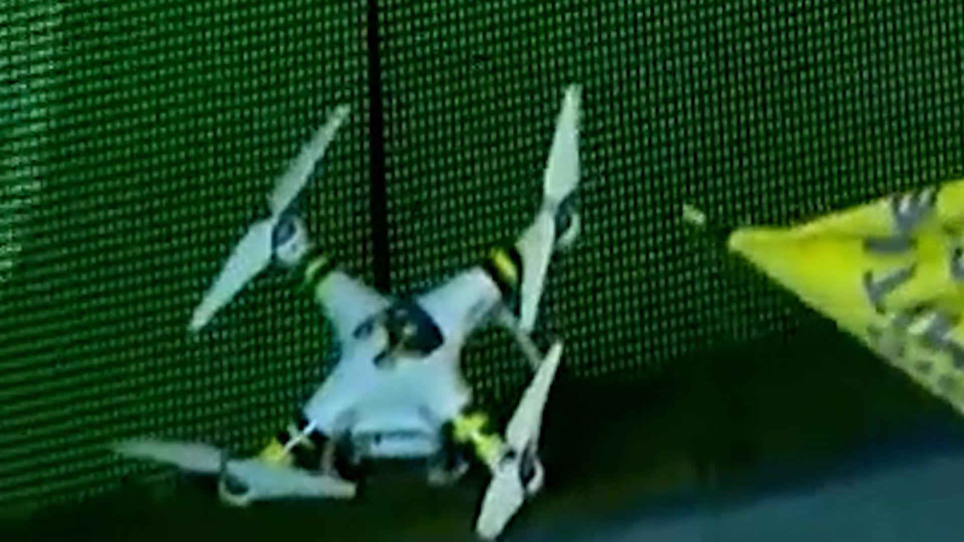 el drone que rompió Pablo Pérez en el partido de Newell´s Central