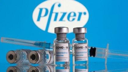 De la cohorte de ancianos de más de 80 años, 99 participantes recibieron la segunda vacuna a las tres semanas, mientras que 73 recibieron la segunda dosis a las 12 semanas - REUTERS/Dado Ruvic