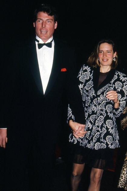 El noviazgo comenzó poco tiempo después de que se conocieran, y cinco años más tarde se casaron,(Shutterstock)