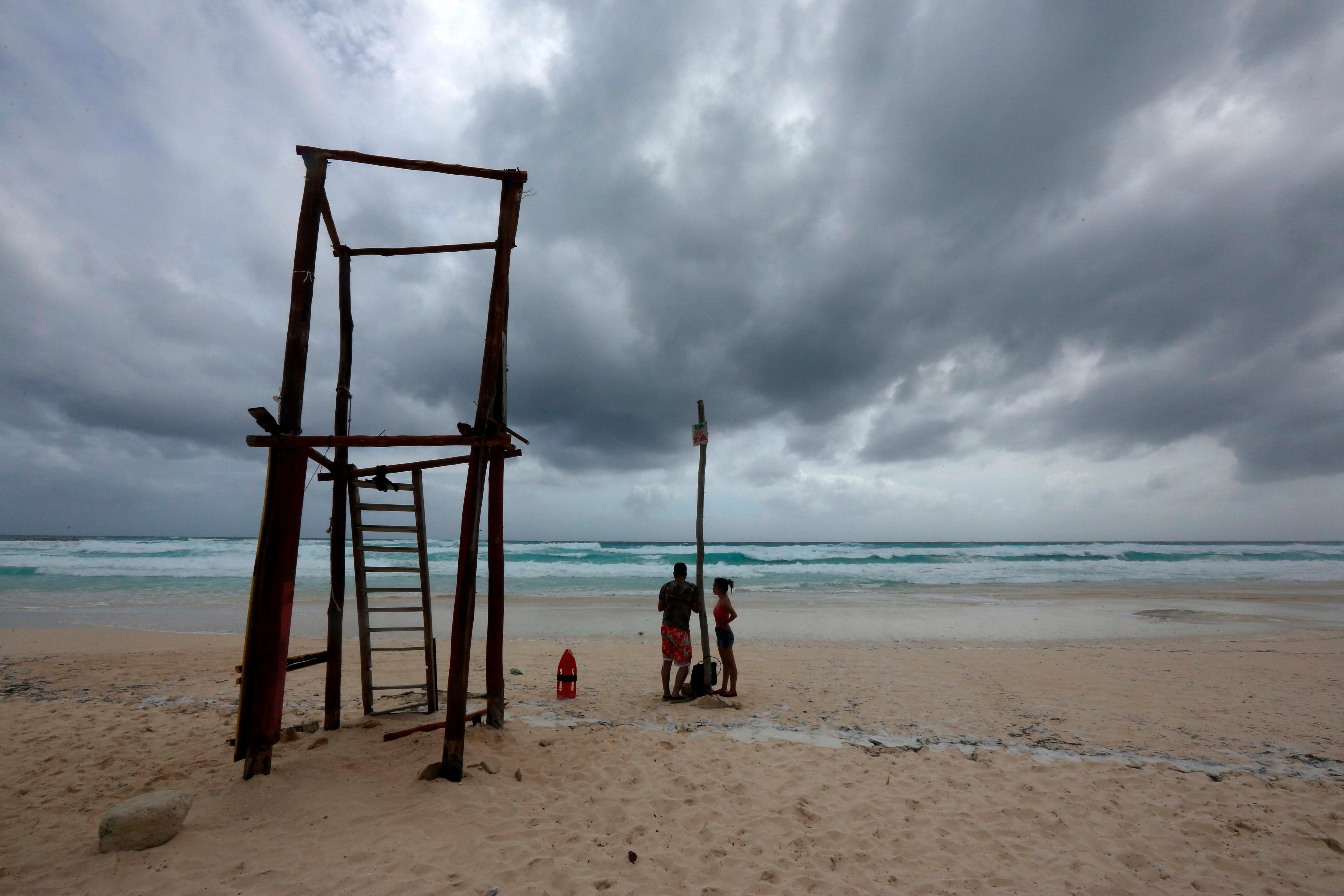 La temporada de lluvias y ciclones tropicales 2021 en el Pacífico comenzó oficialmente el pasado 15 de mayo y se estima que finalice en noviembre. EFE/Alonso Cupul/Archivo