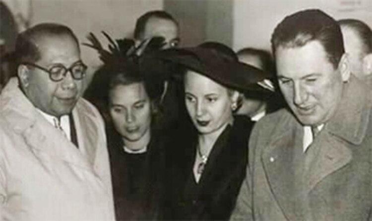 Ramón Carrillo, junto a Eva y Juan Perón