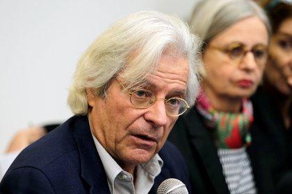 Javier Nart, diputado del Parlamento Europeo, envió una carta a Daniel Quintero, alcalde de Medellín, para expresar su preocupación por la contratación de médicos y especialistas cubanos para atender el coronavirus en la ciudad. REUTERS/Oswaldo Rivas