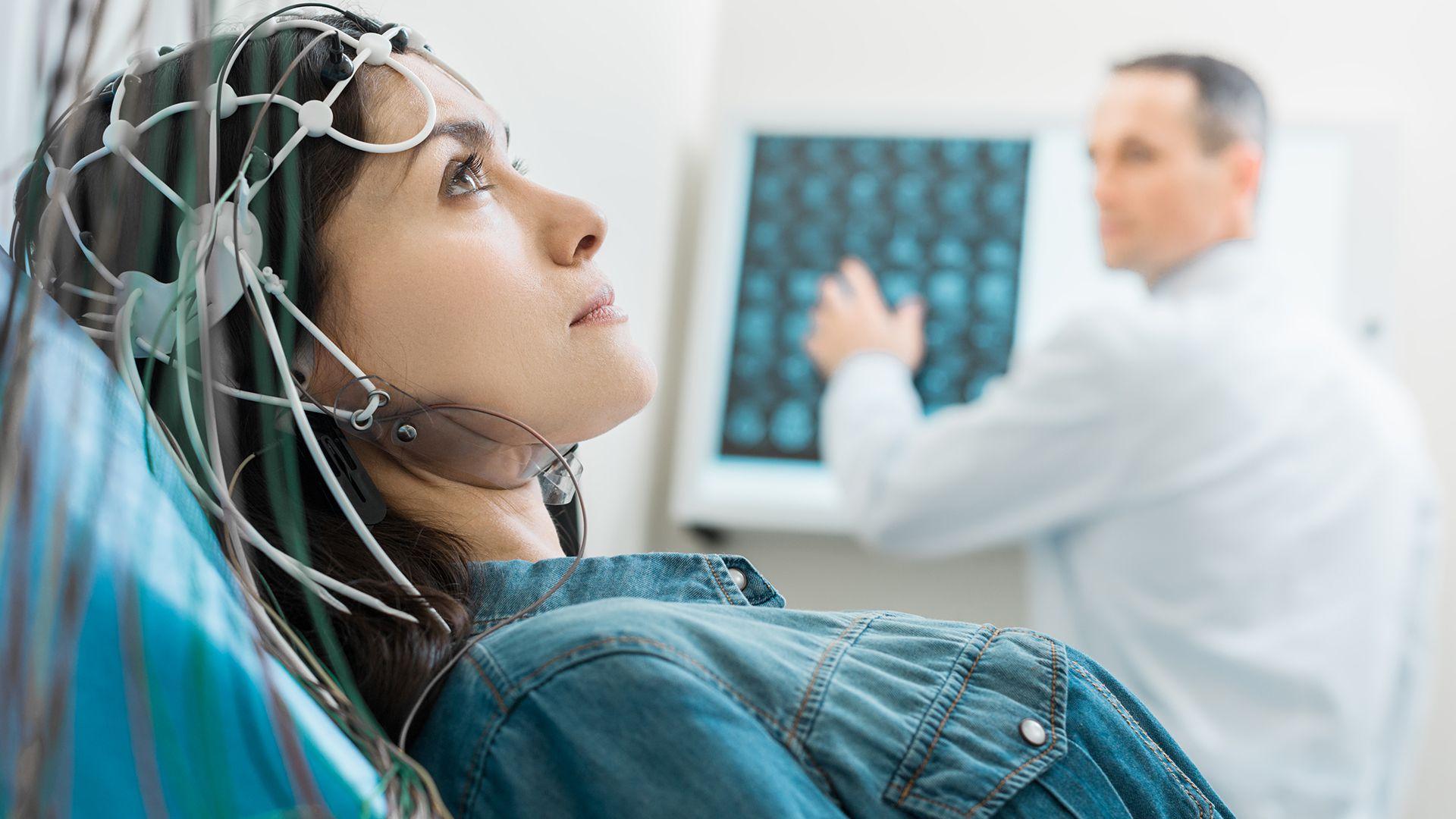 La EM es una enfermedad neurológica crónica, de naturaleza autoinmune (Getty)