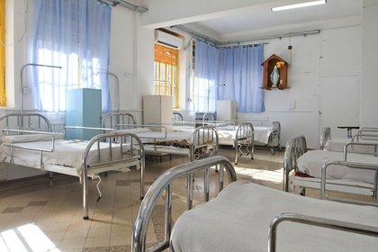 Uno de los aspectos más polémicos e incumplibles de la ley es el cierre de los hospitales psiquiátricos y la internación de los pacientes en el hospital general
