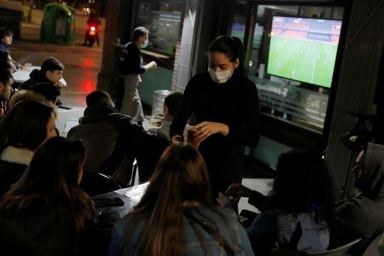 El partido de vuelta se jugó a puertas cerradas: al día siguiente la OMS declaró al coronavirus como pandemia (Foto: Reuters)