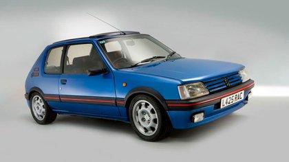 El 205 es uno de los modelos buscados por los coleccionistas (Peugeot)