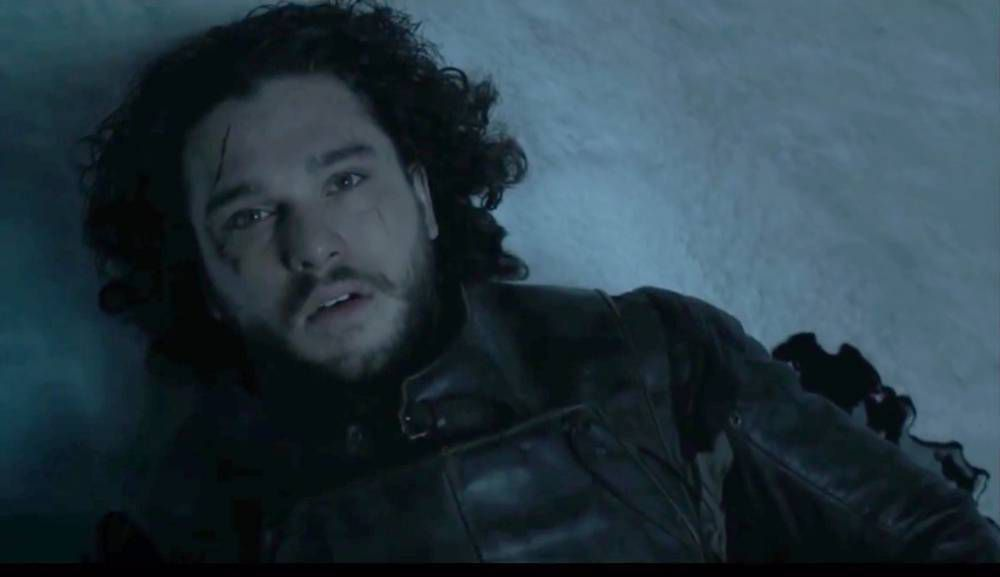Jon Snow, asesinado por sus propios compañeros (Foto: HBO)
