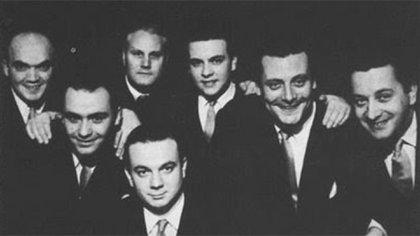 Orquesta de Piazzolla con Di Filippo, Insúa, Molo, Piazzolla, Stampone, Campoamor y Baralis.