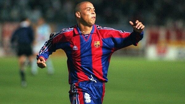 El brasileño Ronaldo ha jugado una temporada en el Barcelona FC