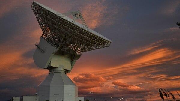 La antena DSA 3 se eleva en las cercanías de Malargüe, Mendoza (ESA)