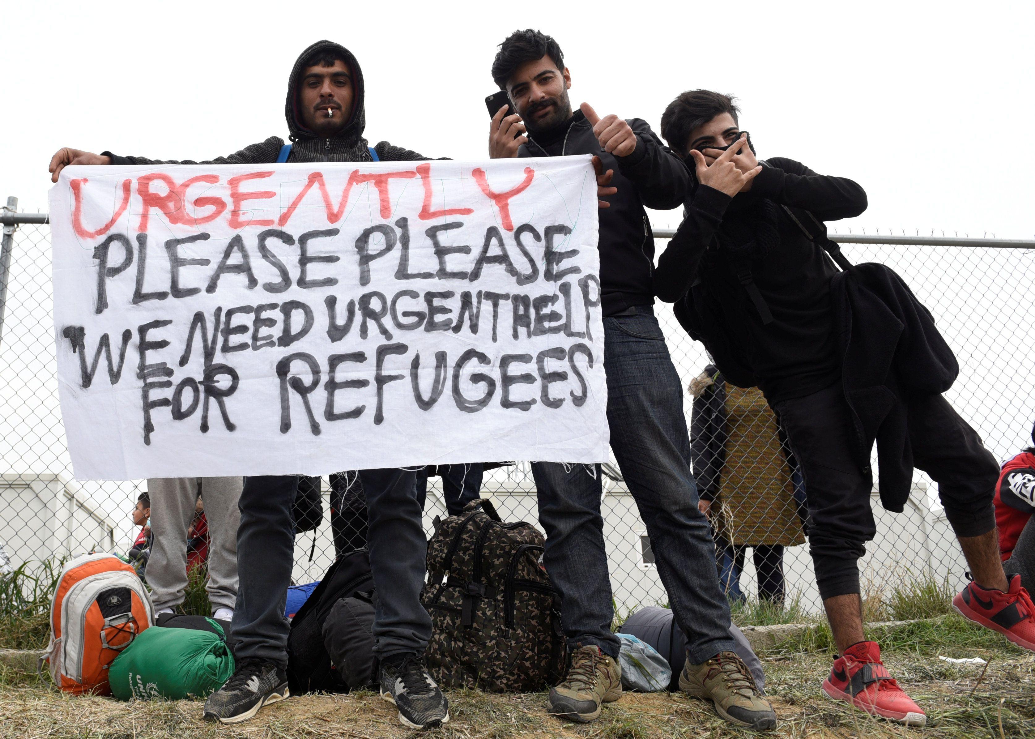 La crisis migratoria ha convertido a Grecia en un embudo al que llegan miles de personas, pero pocas pueden atravesar (Reuters)