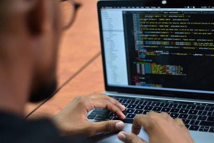 Los investigadores de inteligencia de Avast han identificado código malicioso en las extensiones basadas en Javascript que permiten que las extensiones descarguen más malware en el ordenador. EFE/ Oskar Burgos/Archivo