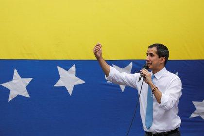 Juan Guaidó en una manifestación de Caracas el 10 de marzo de 2020 (REUTERS/Manaure Quintero)