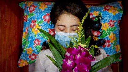 """Tailandia organiza funerales de personas vivas para """"atraer fortuna y buena suerte"""""""