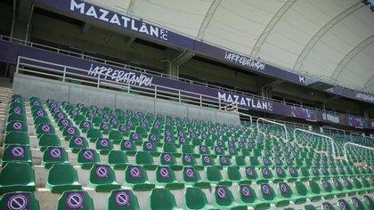 En el Estadio de Mazatlán estarán habilitadas el 30% de sus butacas (Foto: Twitter@MazatlanFutbol)