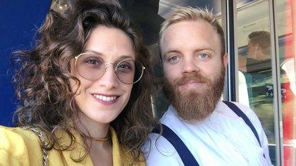 Mariana Cagnoli es oriunda de Puerto Madryn, actriz (@marianacagnoli), y se casó en 2015 con Henrik Lundorff, que es danés, en Buenos Aires