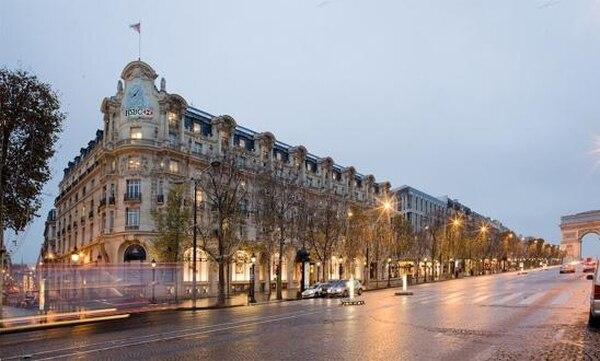 El Elysée-Palace Hotel, cerca del arco de Triunfo, última residencia de Mata Hari