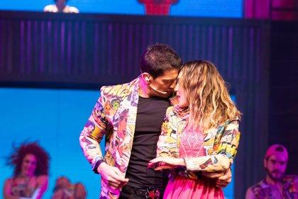 """Belinda y Yahir desmintieron su romance en el estreno del musical """"Hoy no me puedo levantar"""" (FOTO: GRACIELA LÓPEZ/CUARTOSCURO)"""
