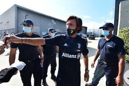 Andrea Pirlo tuvo su primera conferencia de prensa como entrenador de Juventus (Foto: Reuters)
