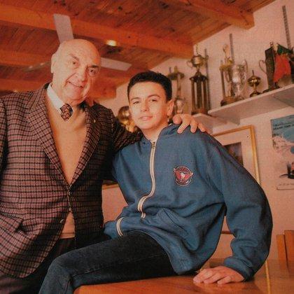 Con un adolescente Esteban Tuero, de 15 años en ese momento (Archivo CORSA).