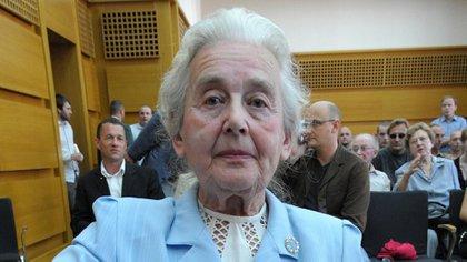 """La """"abuela nazi"""" fue condenada a dos años de prisión"""