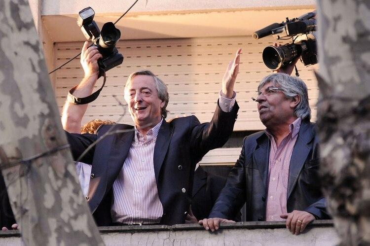 En los primeros años de mandato, Néstor Kirchner otorgó aumentos salariales