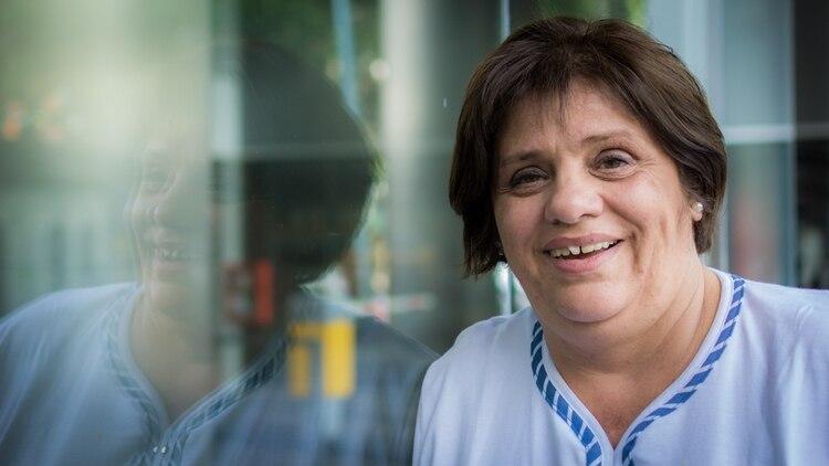 Ahora, a los 53 años, Andrea preside una asociación de familias de detenidos (Martín Rosenzveig).