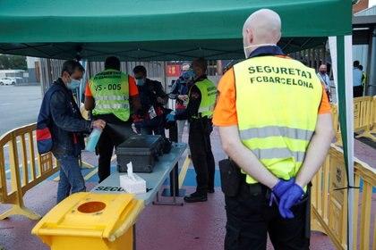 Nápoles será seguro: La Generalitat garantiza a la UEFA que el Barça