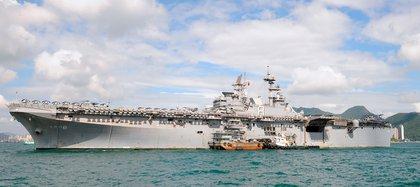El USS Makin Island (LHD 8) en Hong Kong (Keystone/Zuma/Shutterstock/Archivo)