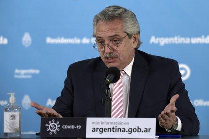 El presidente Alberto Fernández anunció la producción de la vacuna de Oxford y AstraZéneca en Argentina -  Juan Mabromata/Pool via REUTERS