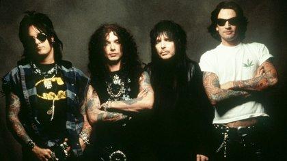 Mötley Crüe con John Corabi (Crédito: Shutterstock)