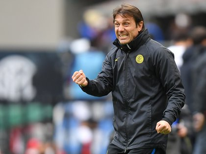 Antonio Conte has eight titles as DT, winning Serie A four times and a Premier League (Photo: REUTERS)