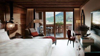 En Suiza y con vistas impresionantes, se encuentra el Alpina Gstaad
